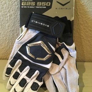 Other - Evo shield batting gloves 950